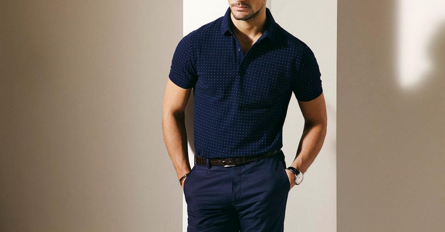 How a polo should fit.