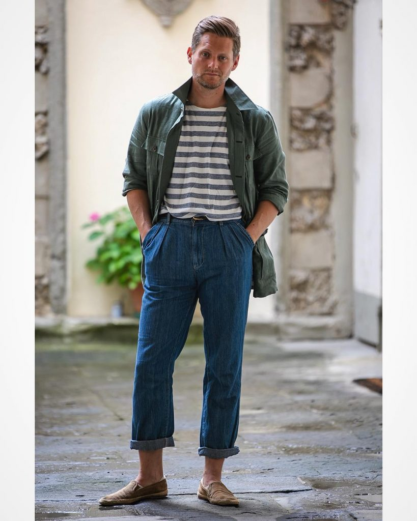 Sebastian McFox in Prologue green linen safari and Chadprom denim trousers | Photo via Sebastian McFox